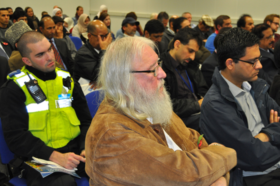 Mahmood Threlkeld at a Peace Meeting in Middlesbrough 2013