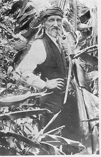 Wragge in his later years in the gardens at Birkenhead